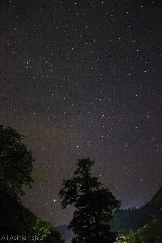 in نجومی ( ميدان ديد باز) عکاس : علی آئین جمشید Antares&tree