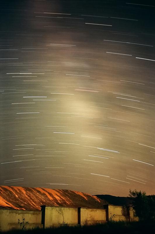 in نجومی ( ميدان ديد باز) عکاس : Astronomy رد راه شیری