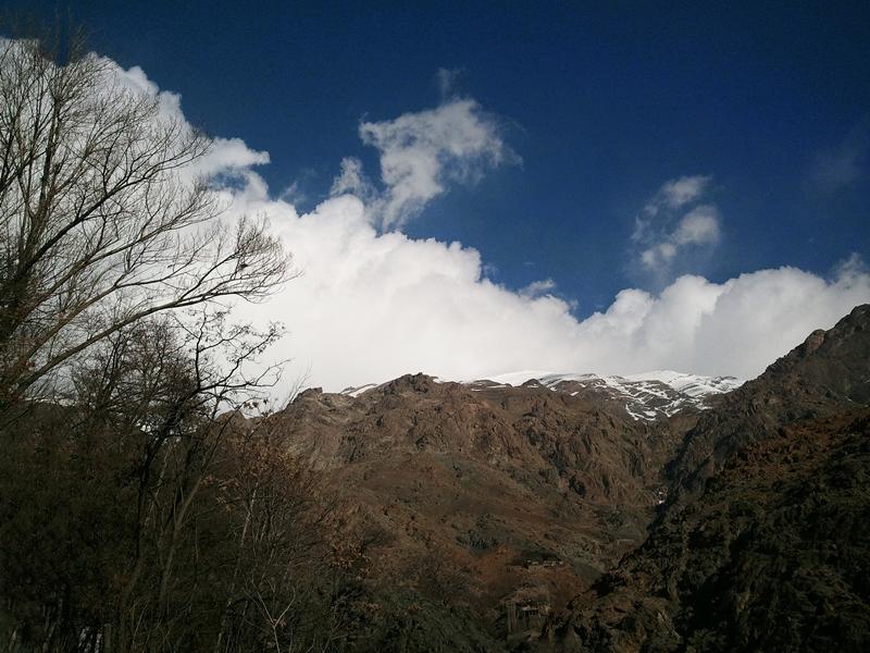 in طبیعت عکاس : Astronomy ابرهای دربند