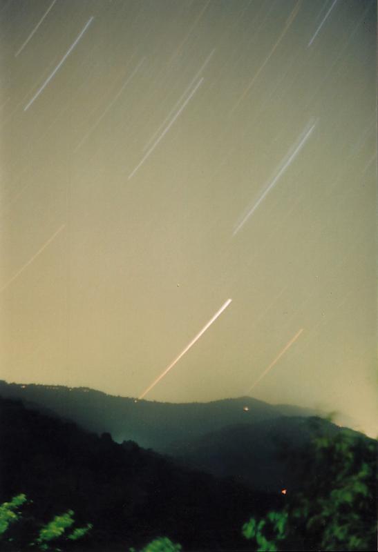 in نجومی ( ميدان ديد باز) عکاس : Astronomy طلوع بر فراز آلودگی نوری!