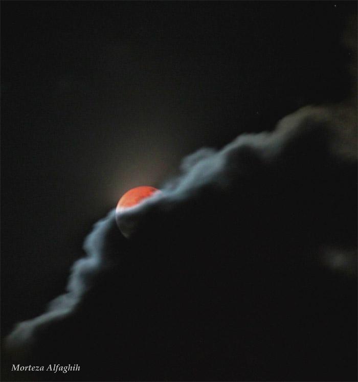 in پديده های نجومی عکاس : (مرتضی ماه گرفتگی پشت ابر ها