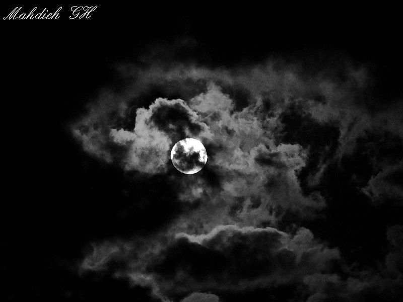 in نجومی ( ميدان ديد باز) عکاس : Mahdieh. GH ماه در مه